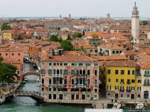 Вид на Венецию с 14 палубы