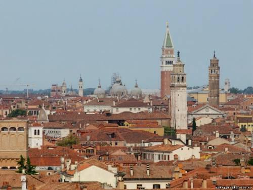 Вид на Венецию из дока
